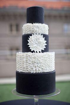 Sweet Element black and white cake w/ dahlia embellishment Black White Cakes, Black And White Wedding Cake, Black Wedding Cakes, Black Wedding Dresses, Tuxedo Wedding, Cake Wedding, Pretty Cakes, Beautiful Cakes, Fondant Cake Designs
