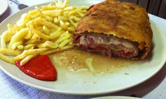 This recipet is very popular in Asturias is a double breaded fillet, which hides inside ham and cheese, and other ingredients such as asparagus, mushrooms, etc., but you can also use fish (marine san) or even vegetables such as aubergines or sliced mushrooms   Pin by  María Pérez  and María Blanco