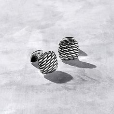 Maritime rope cuff links in sterling silver.