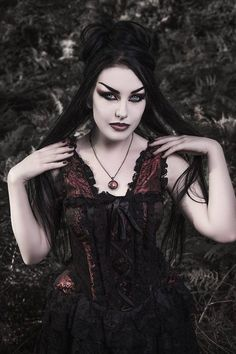 https://www.facebook.com/GothicAndAmazing/photos/a.117177591777348.21823.117152475113193/683912821770486/?type=3