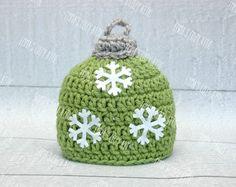 Crochet Ornament Christmas hat, newborn christmas hat, holiday hat, newborn christmas photo prop, baby girl boy christmas hat, baby hat