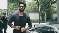 Shahid Mira Rajput, Shahid Kapoor, Beard Styles For Men, Wardrobes, Superstar, Bollywood, Hair Beauty, Dressing, Celebs