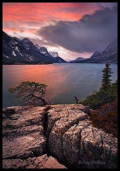 ✯ Sunrise over Stormy Saint Mary Lake - Glacier National Park - Montana