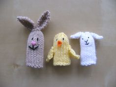 Ravelry: bluesocks' Easter Finger Puppets Finger Puppets, Hare, Ravelry, Knitting Patterns, Crochet Hats, Easter, Toys, Projects, Bunny