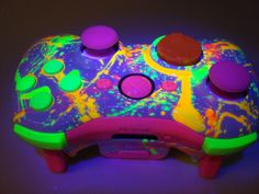Neon Paint Ball Custom Xbox 360 Controller by ProModz. $169.00, via Etsy.
