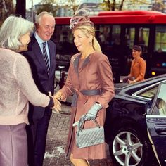"24 Me gusta, 1 comentarios - Queen Maxima (@queen.maxima) en Instagram: ""#queenmaxima #5november2013 #awardceremony #prixderome #amsterdam #netherlands #dutch…"""