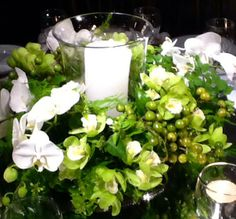 Casamento branco e verde. Decoração Suva e Kike produções e eventos.