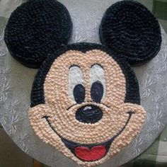 Image via Mickey Mouse Birthday Cakes and cupcakes Image via Disney Halloween Wedding Cakes to Sink Your Teeth Into Image via Mickey Mouse cake Image via Minnie and Mickey Mickey Mouse Cupcakes, Pastel Mickey Mouse Niño, Mickey Mouse Cake Decorations, Minni Mouse Cake, Mickey Birthday Cakes, Mickey Cakes, Mickey Mouse Clubhouse Birthday, Mickey Mouse Parties, Mickey Party