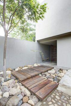 Outdoor steps/walkway by Outdoor Design Build.