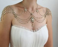 Necklace for Shoulders in Beaded Pearl and Rhinestone