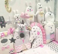 ✨Here is the latest Unicorn pillow, Im in love with this pi Unicorn Cushion, Unicorn Pillow, Baby Crafts, Diy And Crafts, Crafts For Kids, Cute Pillows, Baby Pillows, Fabric Toys, Fabric Crafts