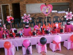 """Red and Pink Polka Dot Minnie Mouse Party"" by Treasures and Tiaras Kids Parties, via Flickr"