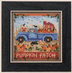 Mill Hill Old Time Harvest Cross Stitch Kit - Pumpkin Patch Button & Bead Autumn Series