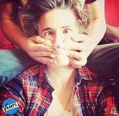 Bradley Will Simpson aww Bradley Will Simpson, Brad Simpson, Evan And Connor, Bad Boyfriend, Boyfriends, Bradley The Vamps, Bae, New Hope Club, 1d And 5sos