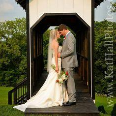Beautiful 4th of July wedding  Www.kathallphotos.com  #Northernkentucky #Nkyphotographer #Cincinnatiphotographer #josephina #4thofJuly #weddingphotography #DIY
