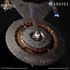 Star Trek Discovery Ship, Uss Discovery, Starfleet Ships, Spaceship Art, Star Trek Starships, Star Trek Universe, Star Trek Ships, Star Wars, Uss Enterprise