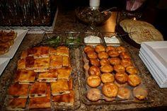 Patezinho de alho,conserva de abobrinha,antepasto de beringela,salgadinho diplomata e torta de frango.