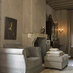 Magic atmosphere from De Potstal and magic Fresco Old Romance on the walls…