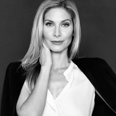 Elizabeth Mitchell, Pretty People, Beautiful People, Beautiful Women, Once Upon A Time, Blond, Elisabeth, The Hollywood Reporter, Hot Actors