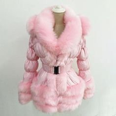 A soft hood, faux fur trimmed, a structured jacket with waist belt – this glamourous coat has all the features of a winter essential, without compromising on style. Faux Fur Hooded Coat, Faux Fur Collar, Fur Collars, Winter Fur Coats, Winter Jackets, Wool Coats, Duck Down Jacket, White Ducks, Fur Fashion