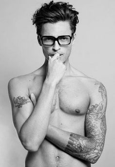 """Harvey Newton-Haydon in """"You'd Be Naked Without Those Spectacle(s)"""" by Sabine Villiard for the September/October 2011 issue of Essential Homme magazine. Look At You, How To Look Better, Hot Men, Sexy Men, Boy Tattoos, Nice Tattoos, Tatoos, Mens Tattoos, Raining Men"""