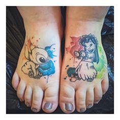 """""""Mi piace"""": 115, commenti: 6 - j e n n y (@jen_x_moon) su Instagram: """"Fertig . . . #lilo #stitch #stitchtattoo #liloandstitchtattoo #liloandstitch #disney…"""""""