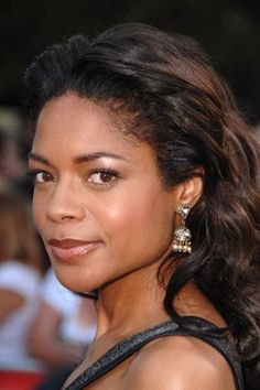 Naomie Harris at event of Pirates of the Caribbean: At World's End British Actresses, Hollywood Actresses, Actors & Actresses, Black Actresses, British Actors, Beautiful Young Lady, Beautiful Black Women, Beautiful People, New Bond Girl