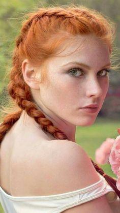 gorgeous redhead tgp