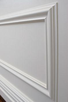 moulding Panel Moulding, Wall Molding, Moldings And Trim, Interior Windows, Interior Exterior, Luxury Interior, Bedroom False Ceiling Design, Master Bedroom Interior, Wall Paint Treatments