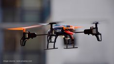Learn how to do incredible flips and rolls with your own quadcopter: 8 simple steps to follow!