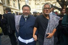 Ai Wei Wei and Anish Kapoor March together in London for Syrian Refugees