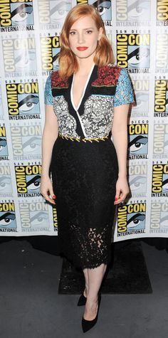 Jessica Chastain turned heads at the Crimson Peak press line during 2015 Comic-Con in a color-block lace Preen dress, with black pumps.
