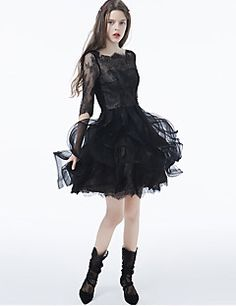Coquetel Vestido - Vestidinho Preto De Baile Canoa Curto / Mini Renda / Tule com…