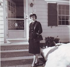 Check out this photograph of Lt. j.g. Ann Darby Reynolds who served as a Navy nurse in Saigon, Vietnam, from March 1964 to March 1965. Reynolds and three other nurses received the Purple Heart medal for treating injured servicemembers. #Navy #USNavy #AmericasNavy navy.com