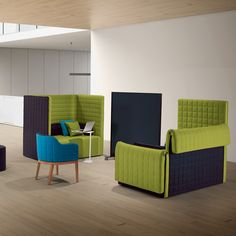 Marea High Back Sofa was designed by Favaretto & Partners and is made in Italy by Guialmi. Marea is a privacy booth soft seating system with optional folding back and armrest sides.