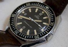 Винтажные часы Omega Seamaster 300