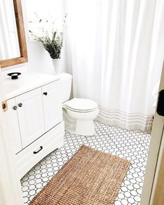 65 Small Bathroom Design Inspiration As A Reference For Your Small Bathroom Renovation - Making small renovations into a current bathroom is readily done. Ascertain what you would like to perform and decide the bathroom renovation price also. Best Bathroom Tiles, Bathroom Tile Designs, Bathroom Design Small, Bathroom Flooring, Master Bathroom, Bathroom Vanities, Silver Bathroom, Bathroom Art, Washroom