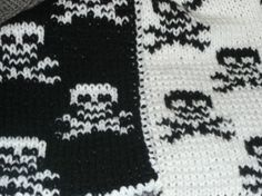 Love this double-knit skull and crossbones scarf! From ArtYarns--Cashmere, even!! by cristina