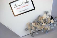 Adorno de plores de porcelana con hojas plata Luisa Gala