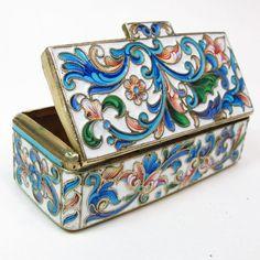 ANTIQUE RUSSIAN 84 SILVER SHADED ENAMEL BOX