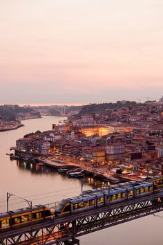Porto é uma cidade cheia de vida