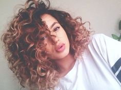 wanna give your hair a new look? Curly bob hairstyles is a good choice for you. Here you will find some super sexy Curly bob hairstyles, Find the best one for you, Hair Styles 2016, Medium Hair Styles, Curly Hair Styles, Natural Hair Styles, Natural Face, Natural Curls, Curly Lob, Curly Perm, Medium Curly