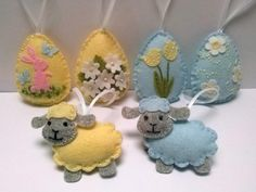 Felt easter decoration felt eggs with flowers pastel baby blue yellow by DusiCrafts