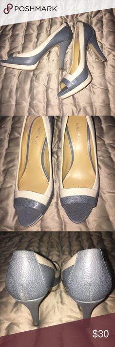 PRICE DROP $25 NINE WEST PEEP TOE PUMPS NINE WEST GREY LEATHER N TWEED BEIGE PEEP TOE PUMPS WITH 4 INCH HEELS N 1/2 INCH PLATFORMS EXCELLENT CONDITION SIZE 7.5 Nine West Shoes Platforms