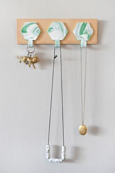 Make getting organized a little prettier with this DIY marbled rack via Design*Sponge