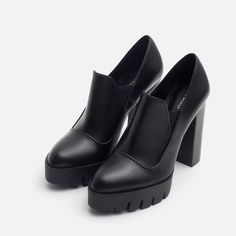ZAPATO TACÓN PIEL TRACK  Zapatos - Mujer - COLECCIÓN SS16 | ZARA México Pumps Heels, High Heels, Ss16, All About Shoes, Fashion Couple, Chunky Heels, Leather Shoes, Me Too Shoes, Fashion Shoes