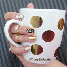 When you buy a cup simply because it looks like a wrap in your stash that you have been dying to wear, and metallic is trending! :) https://artsyfartsynails.jamberry.com/us/en/shop/products/opulence #jamberry #opulencejn #coffee #CoffeeCup #chromenails #trending #nailArt