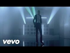 Pitbull's official music video for 'International Love' ft. Chris Brown. Click to listen to Pitbull on Spotify: http://smarturl.it/PBSpot?IQid=PitIL As featu...