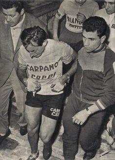 ......A weeping Coppi, Giro di Lombardia, 1956