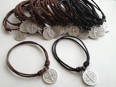 Pinned for reference of how to place a charm on a leather bracelet Leather Jewelry, Beaded Jewelry, Jewelry Bracelets, Handmade Jewelry, Bracelet Making, Jewelry Making, Catholic Jewelry, First Holy Communion, Bracelet Patterns